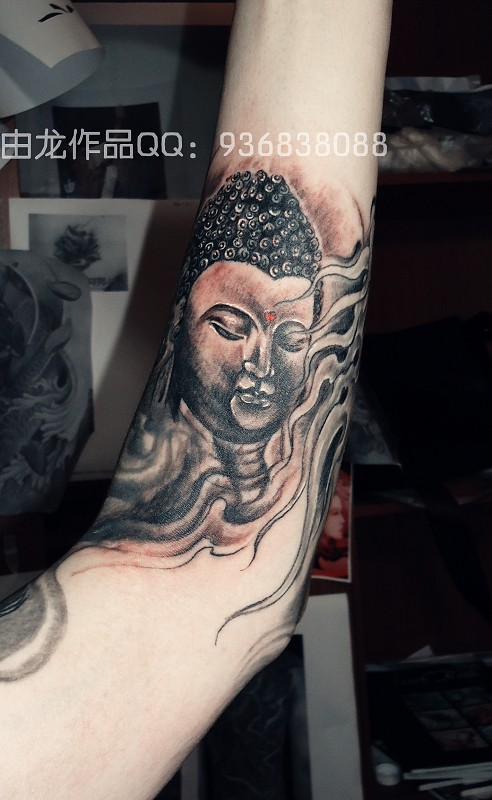 上一张:男生斜背纹身图案  下一张:男生包手臂纹身-男生手臂纹身图片