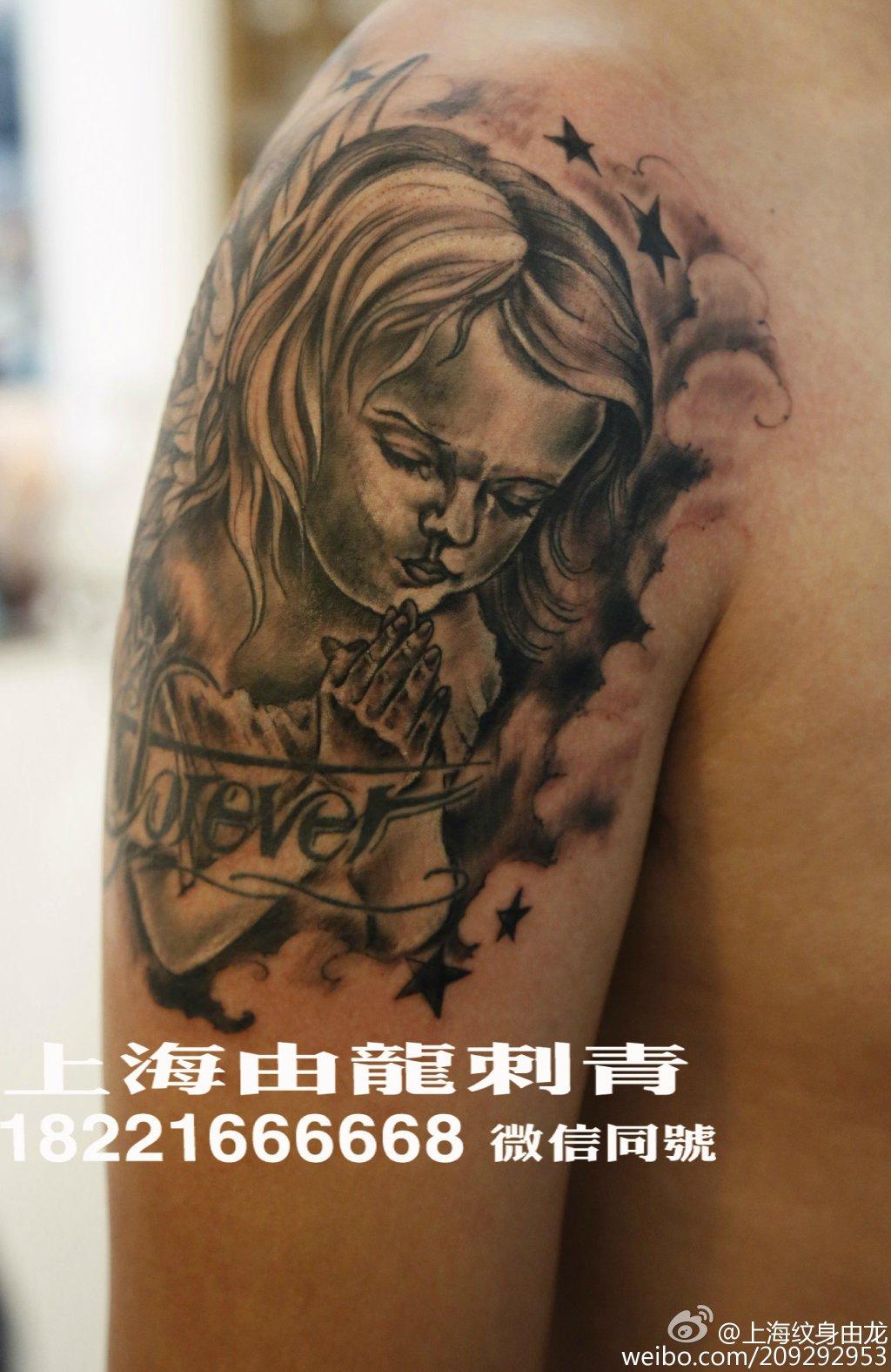 手臂天使纹身_中图_上海由龙刺青